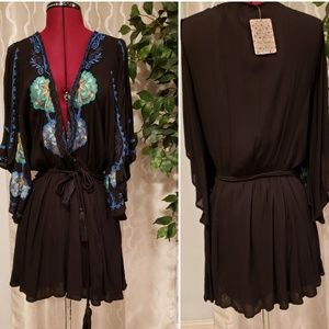NWT Free People Top Black Size S Flowy Sleeves